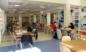 sala lettura biblioteca