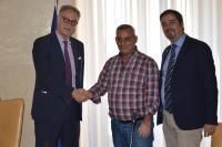Il Rettore Maurizio Fermeglia, Jehad Farwe e Paolo Parisini